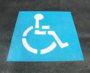 pintar-señalizacion-del-parking